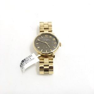 Marc Jacobs Accessories - Marc Jacobs women's gold watch